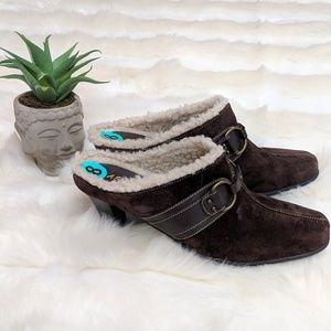 Aerosole high heel brown suede mules/clogs, NWOT